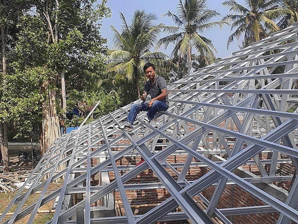 Tukang Pasang Atap Baja Ringan Jakarta timur